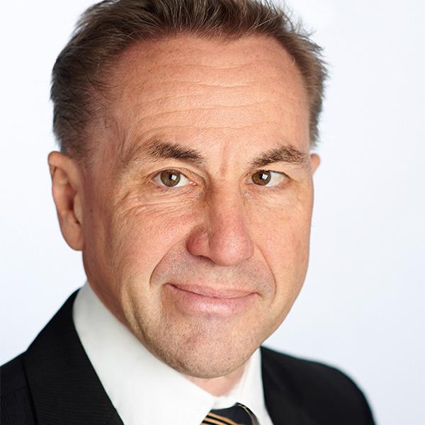 Dr. Reinhold Rapp
